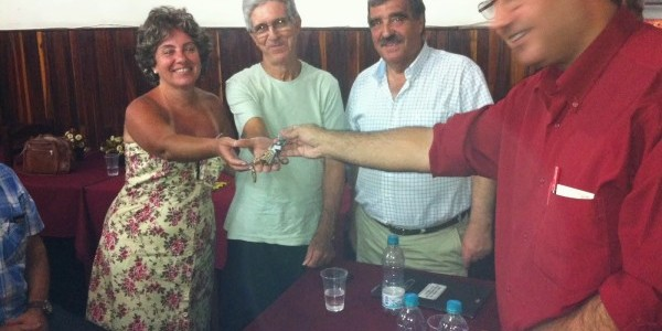 Almoxarife na Casa de Viseu do Rio de Janeiro para a festa da fusão entre a Casa de Viseu e o Clube