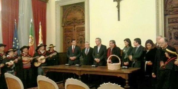 Tuna canta as Janeiras ao Presidente da Câmara